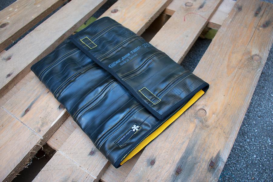 Schlauch-Notebooktasche