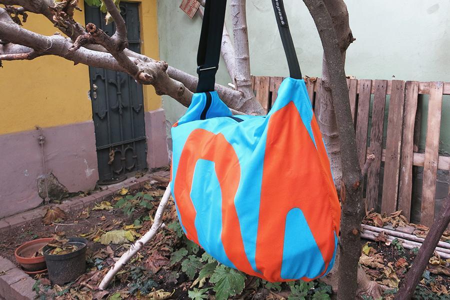 Banana bag blau-orange